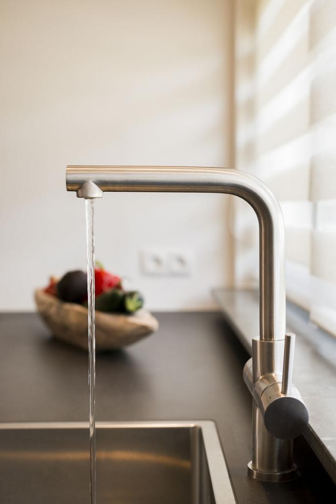Moderne keukenkraan