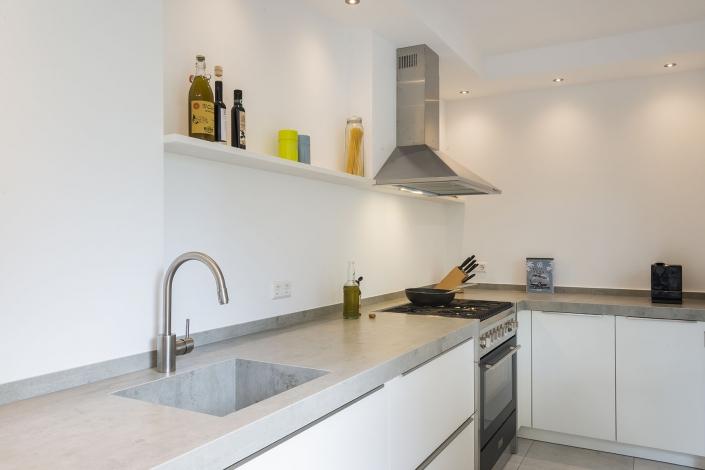 Keuken met marmereblad